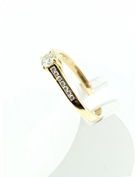 Solitaire or jaune diamants